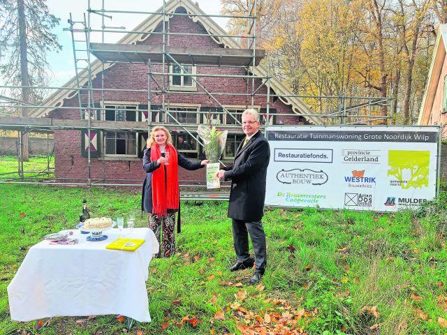 De Grote Noordijk in Wilp krijgt allure terug Restauratie van tuinmanshuis is eerste stap